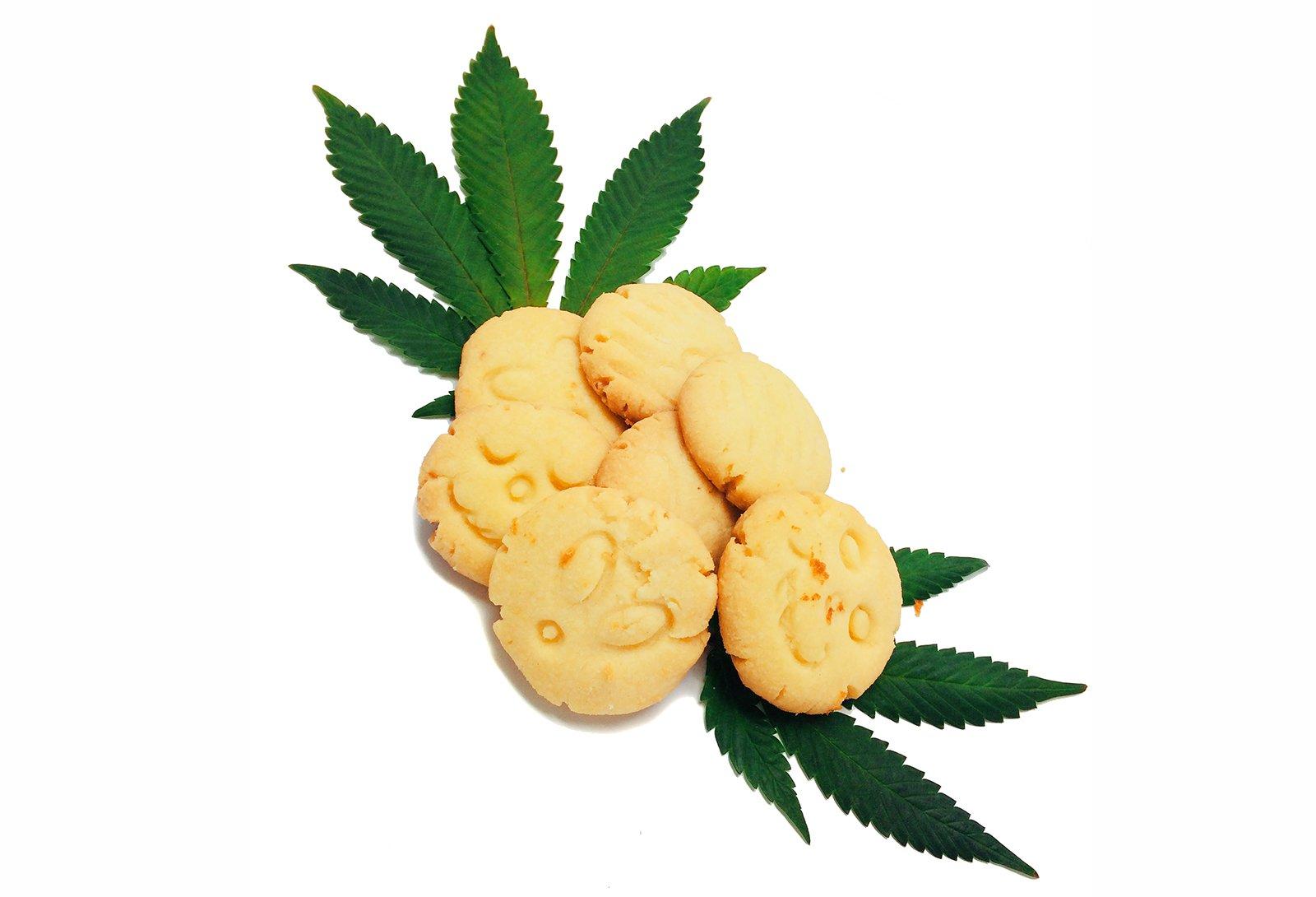 cannabis cookie.jpg